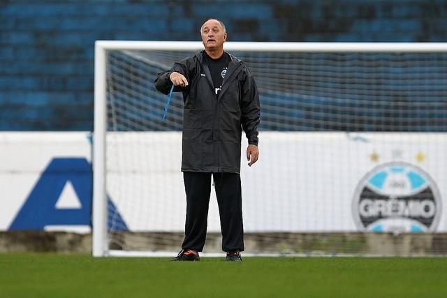 05 ago 2014 - Felipão é respeitado por rivais e motiva Grêmio em clássico