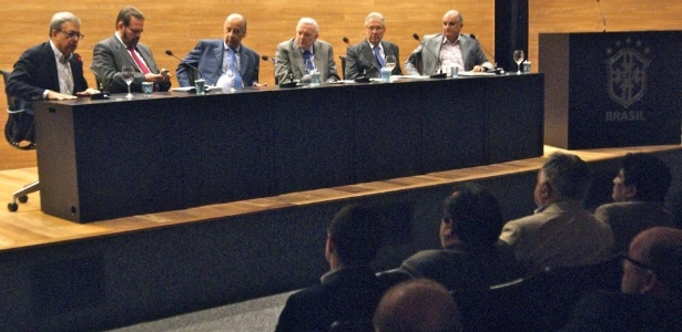 05.ago.2014 - Marcelo Campos Pinto participa de reunião da CBF com clubes das Séries C e D do Campeonato Brasileiro - Divulgação / CBF