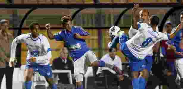 Palmeiras apostou em reforços sul-americanos, como o argentino Allione - Ernesto Rodrigues/Folhapress