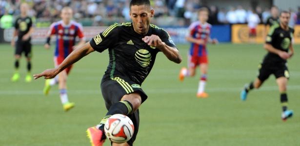 O meia-atacante Dempsey teve boa passagem pelo futebol europeu; hoje joga na MLS - Steve Dykes/Getty Images