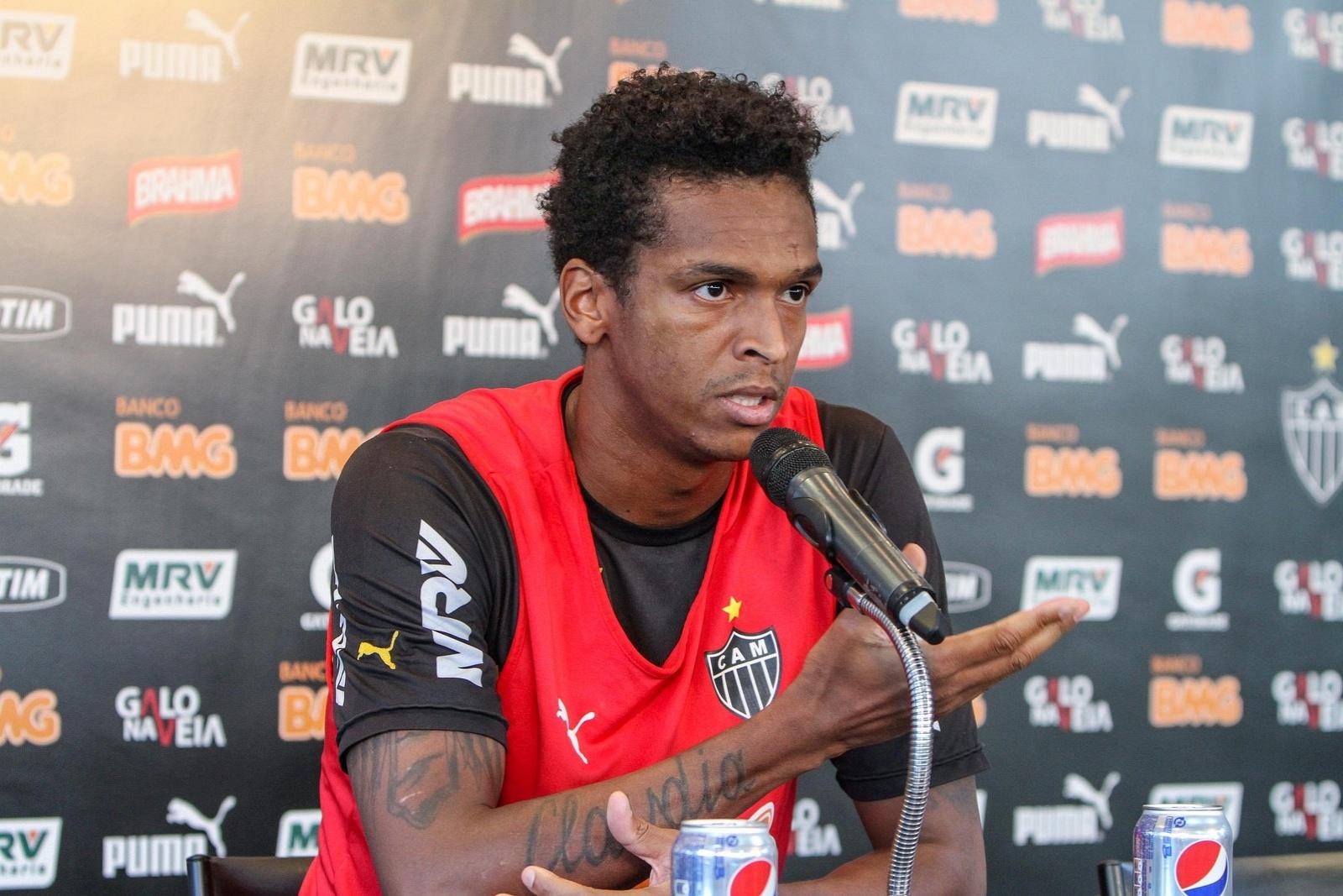 8 ago 2014 - Jô concede entreviosta coletiva, nesta sexta-feira, na Cidade do Galo, para explicar sua ausência no Atlético-MG