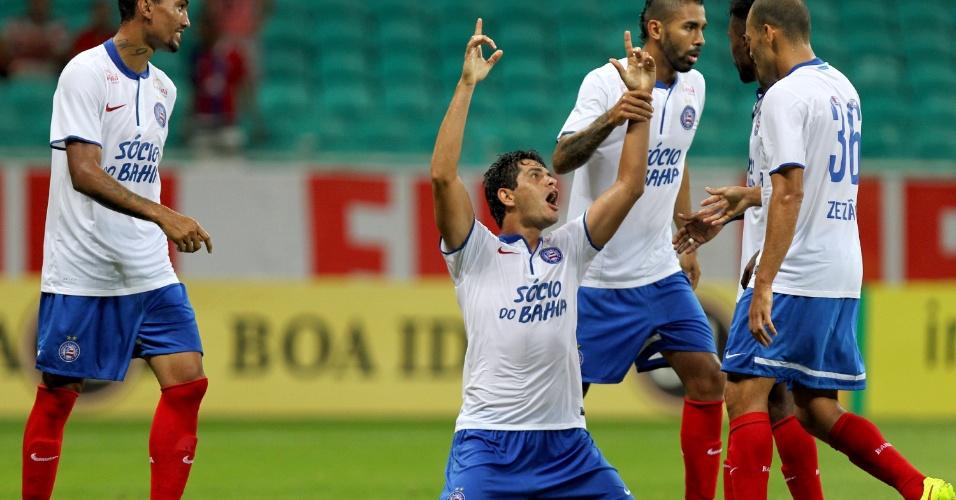 Fahel vibra com seu gol, o da vitória do Bahia sobre o Goiás na Fonte Nova