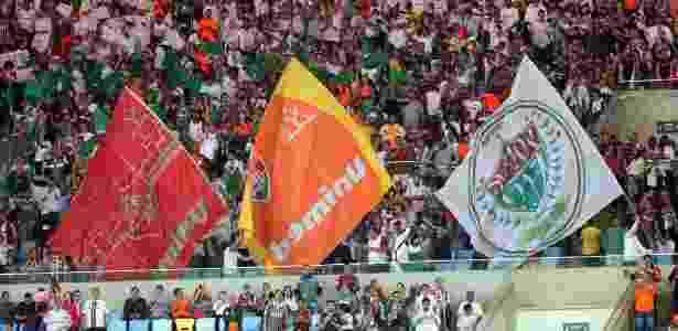 Torcida do Fluminense marca presença no Maracanã - Matheus Andrade/Photocamera