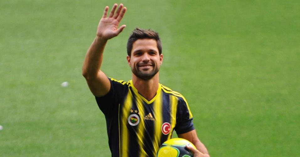 Diego se apresenta no Fenerbahçe