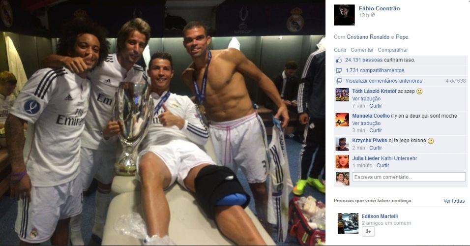 12.ago.2014 - Cristiano Ronaldo faz tratamento no joelho após vitória do Real Madrid na Supercopa Europeia
