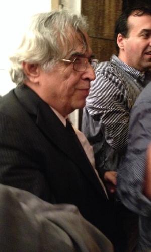 Eurico Miranda na saída da reunião do Conselho Deliberativo do Vasco