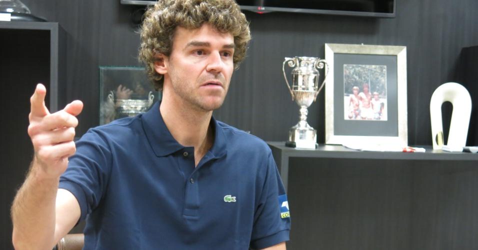 Gustavo Kuerten, o Guga, concede entrevista na sala de troféus, em Florianópolis, no prédio do Instituto Guga Kuerten (IGK)