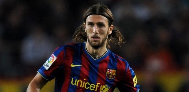 Zagueiro atualmente aos 31 anos jogou uma temporada no Barça