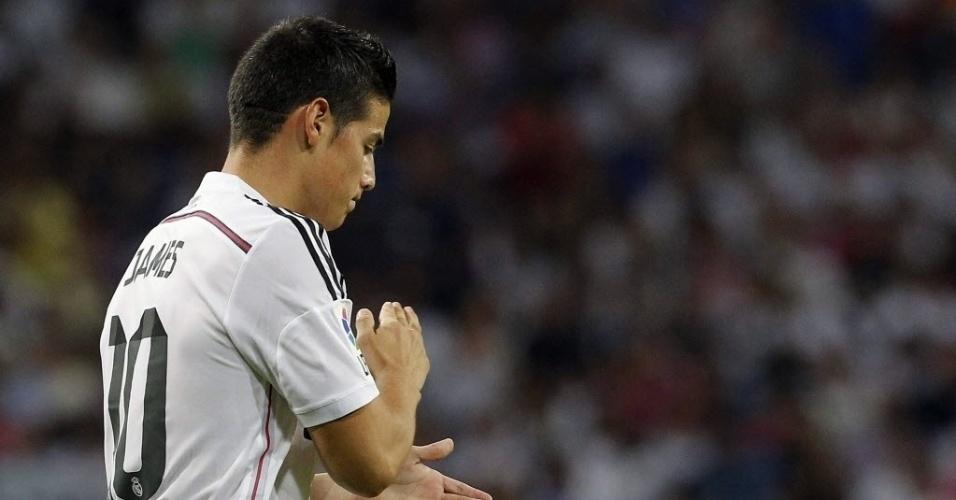 James Rodríguez lamenta oportunidade durante jogo do Real Madrid