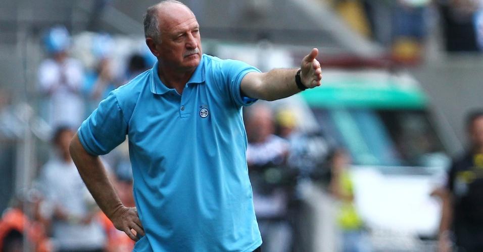 Felipão passa instrução ao equilibrado duelo entre Grêmio x Corinthians