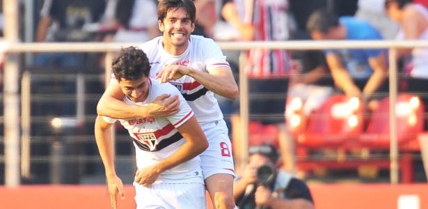 Kaká e Ganso jogaram juntos em 2014 no São Paulo