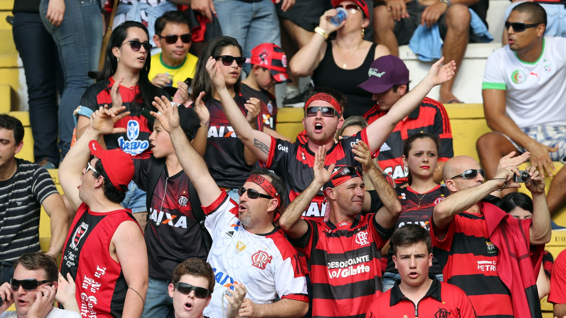 Torcedores do Flamengo durante do jogo deste domingo pelo Brasileiro