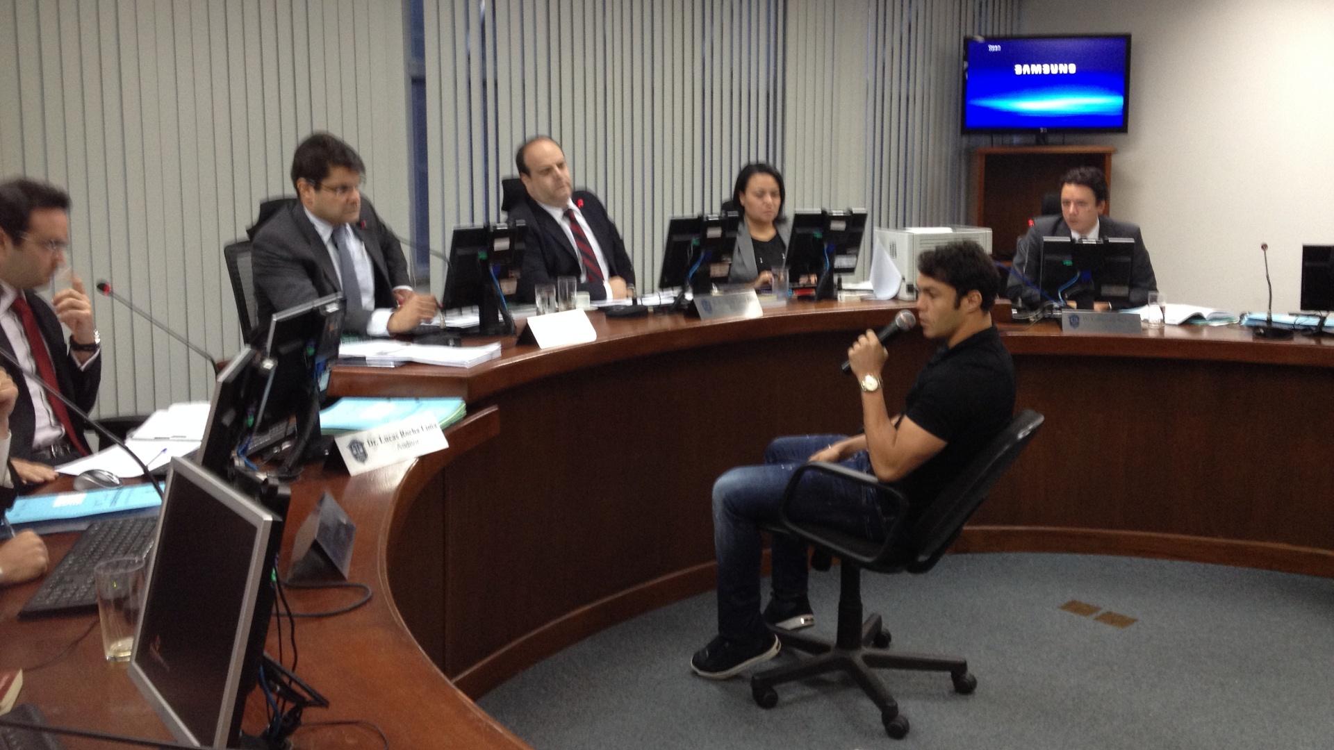 Atacante Kléber dá seu depoimento no Superior Tribunal de Justiça Desportiva