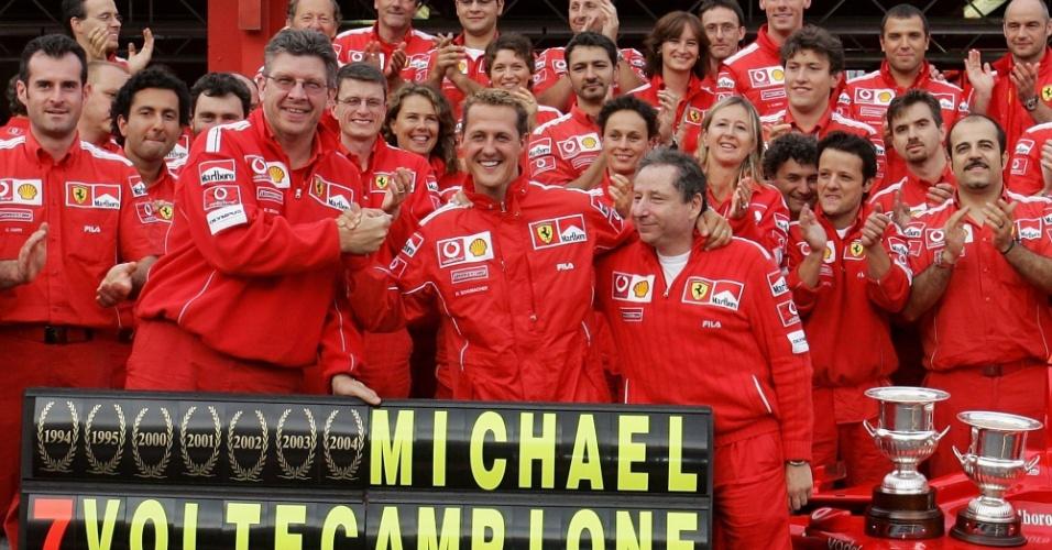 Ferrari celebra com Schumacher conquista do sétimo mundial do alemão