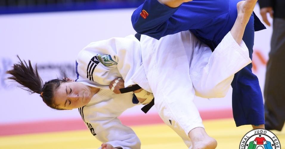 Mayra Aguiar venceu todas as suas lutas e conquistou o ouro no Mundial