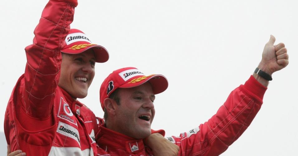 Schumacher teve como vice-campeão em 2004 seu companheiro de Ferrari, Rubens Barrichello