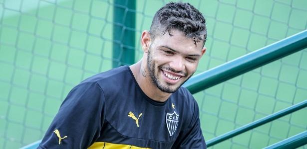 Jovem atacante Carlos tem sido aproveitado por Levir Culpi no Brasileirão
