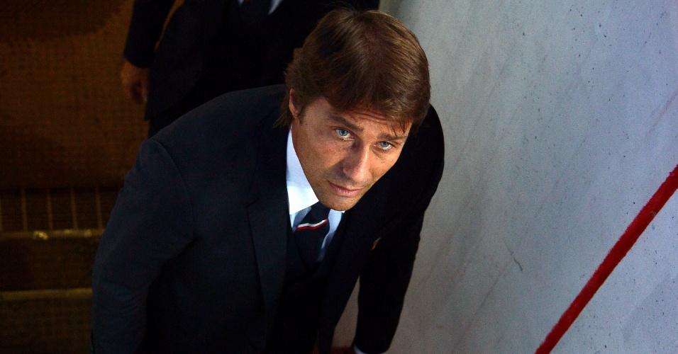 Antonio Conte estreia como técnico da Itália