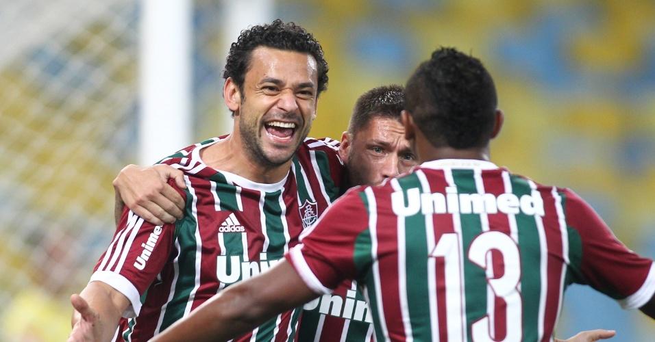 Fred marcou o primeiro gol no início do jogo