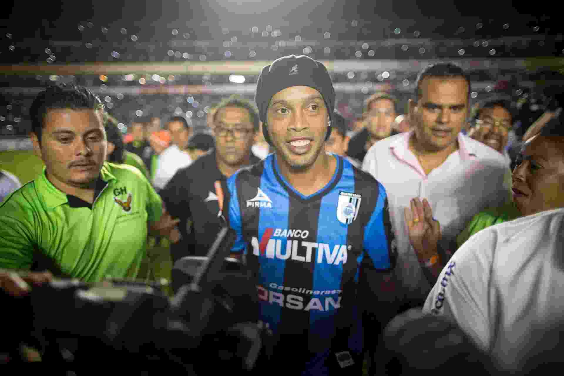 Fluminense supera concorrentes e acerta contratação de Ronaldinho ... a3b4ed00a7ed9
