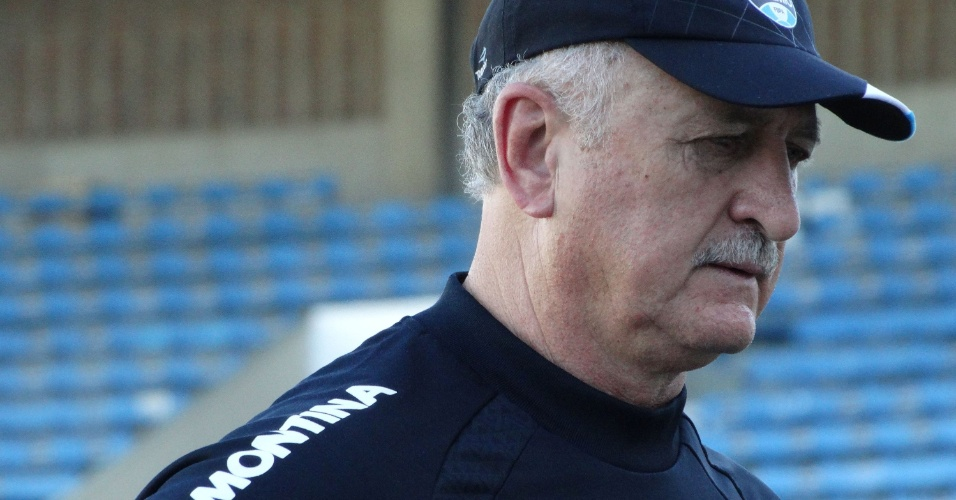 16.set.2014 - Felipão antes do treinamento do Grêmio no Olímpico