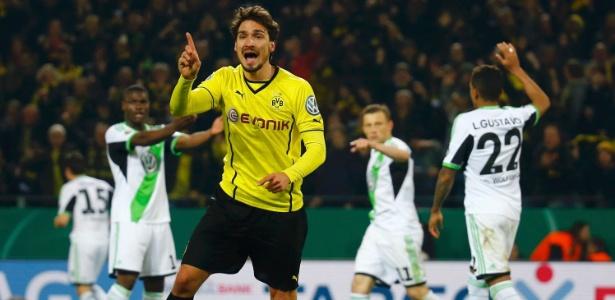 Hummels poderá trocar o Borussia Dortmund pelo Bayern de Munique - REUTERS/Kai Pfaffenbach