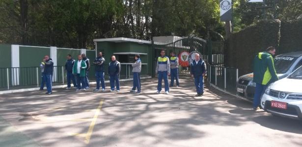 Segurança do Palmeiras em ação no CT; no clássico, estafe foi bastante criticado