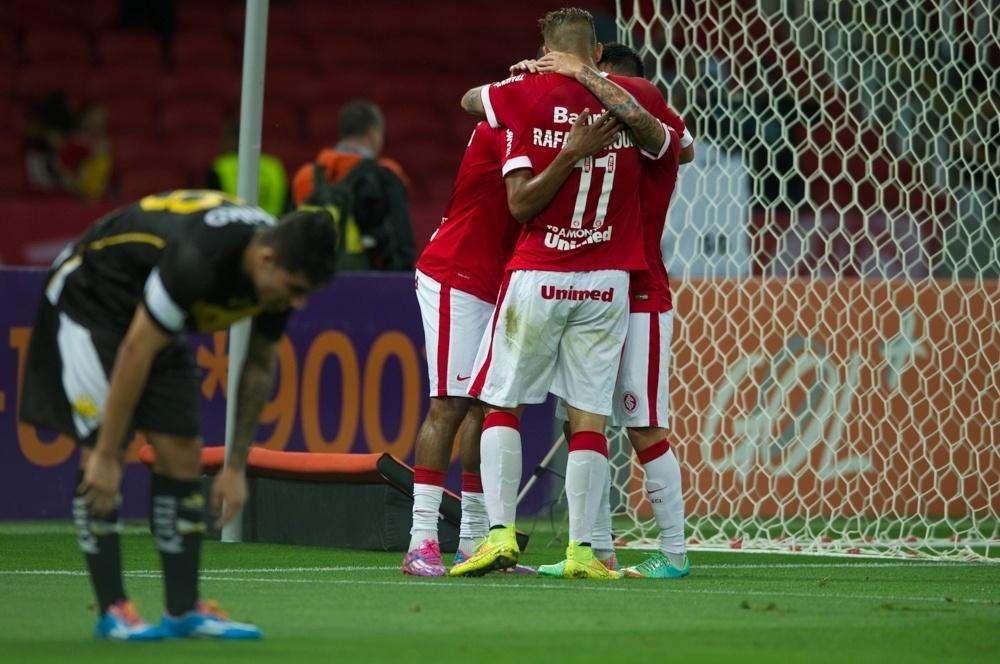Inter fez 1 a 0 no primeiro tempo com gol de Aranguiz