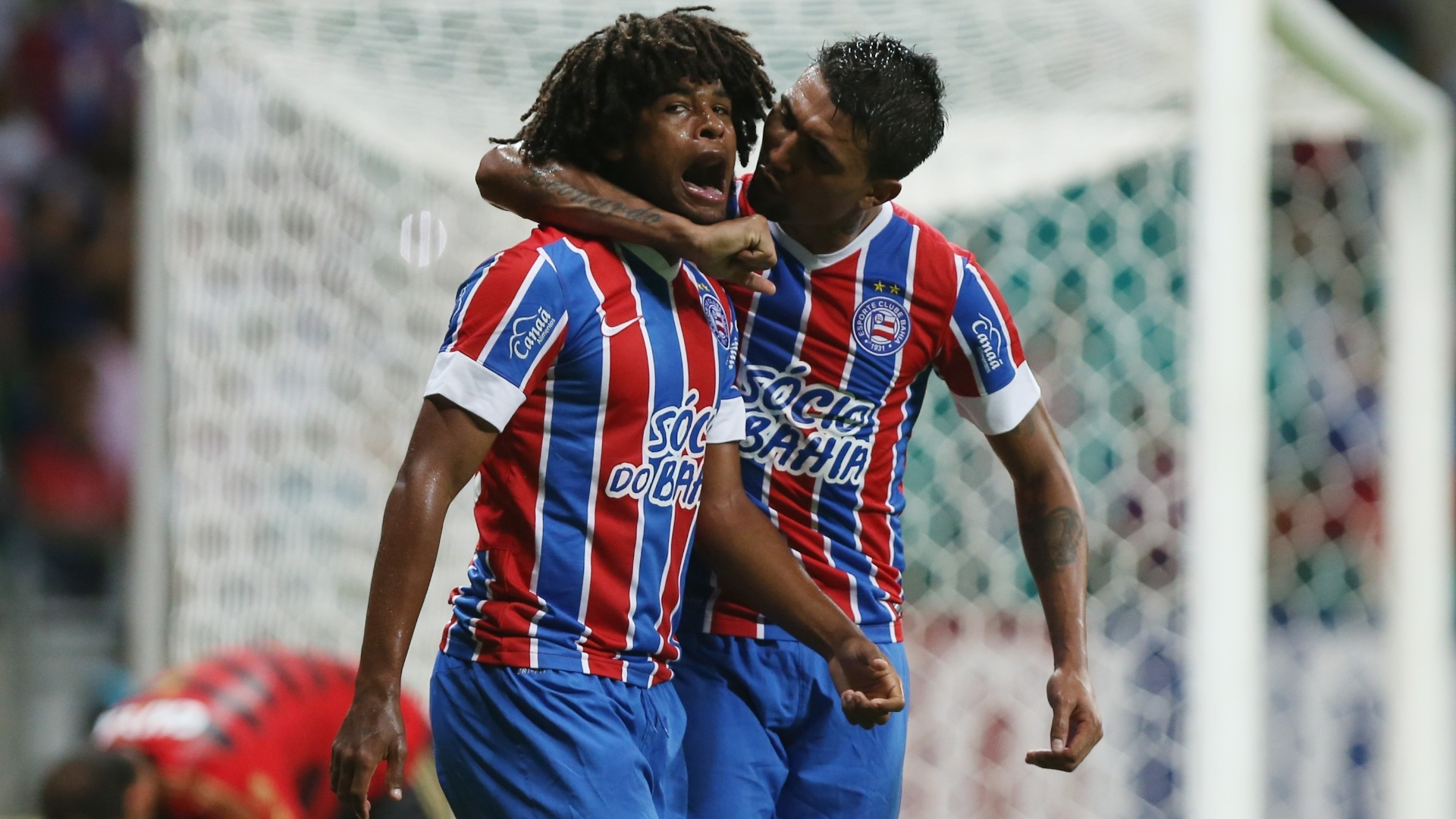 William Barbio fez a jogada que originou o gol do Bahia