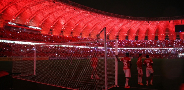 Estádio do Internacional já ficou às escuras em 2014 (foto) e há duas semanas