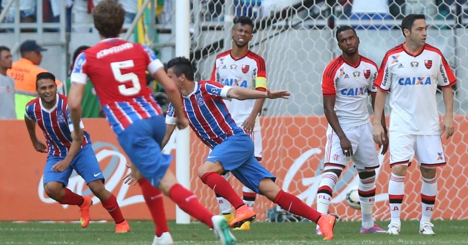 Emanuel Biancucchi comemora gol do Bahia sobre o Flamengo