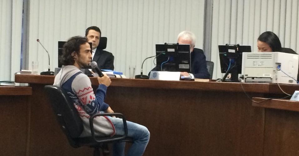 Valdivia dá explicações no STJD