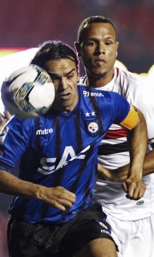 Luís Fabiano foi expulso com 33 minutos de jogo no Morumbi