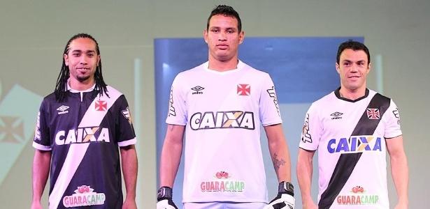 7352cc0cad Vasco lança uniforme em noite pomposa e com Everton Costa de modelo -  Esporte - BOL