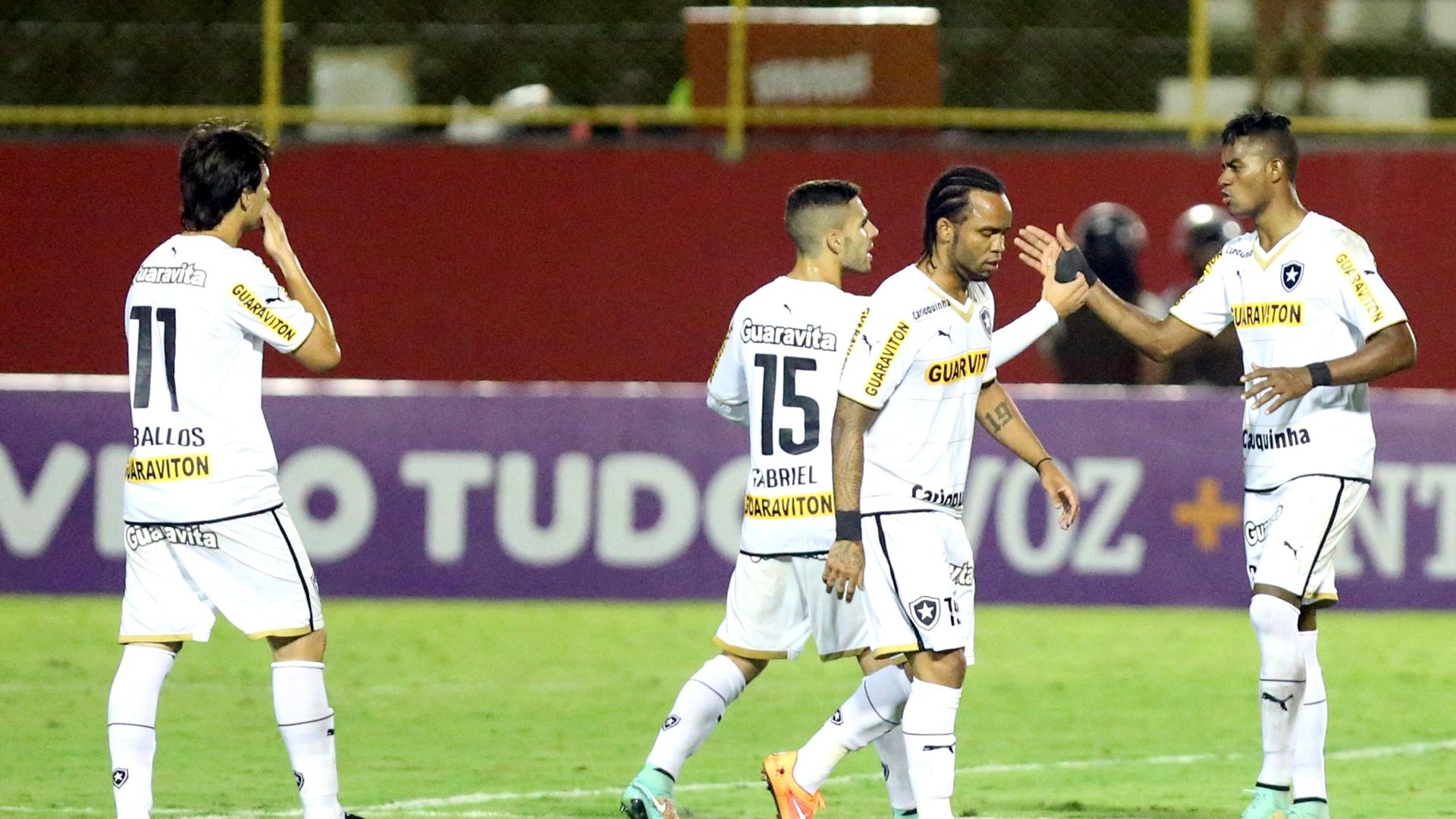 Dankler comemora gol de empate do Botafogo