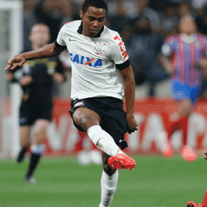 Elias (Corinthians): 50% Corinthians e 50% do Sporting (Portugal) - Junior Lago/UOL