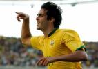 Estrear técnico contra o Brasil? Argentina já sofreu com golaço de Kaká
