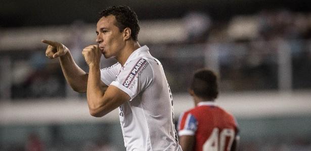 Leandro Damião não voltará a vestir a camisa do Santos
