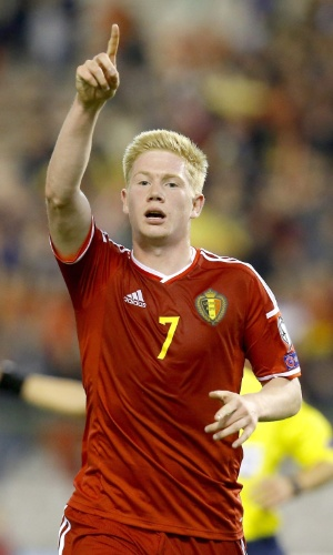 Kevin De Bruyne comemora gol da Bélgica contra Andorra