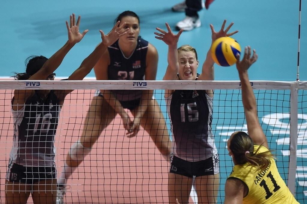 Tandara tenta superar paredão norte-americano na semifinal do Mundial de Vôlei