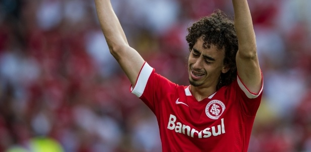 Valdivia é disputado por Cruzeiro e Atlético-MG e deve deixar o Internacional - Alexandre Lops/Internacional