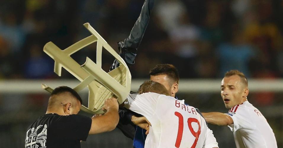 Confusão: Sérvia x Albânia pelas Eliminatórias da Euro