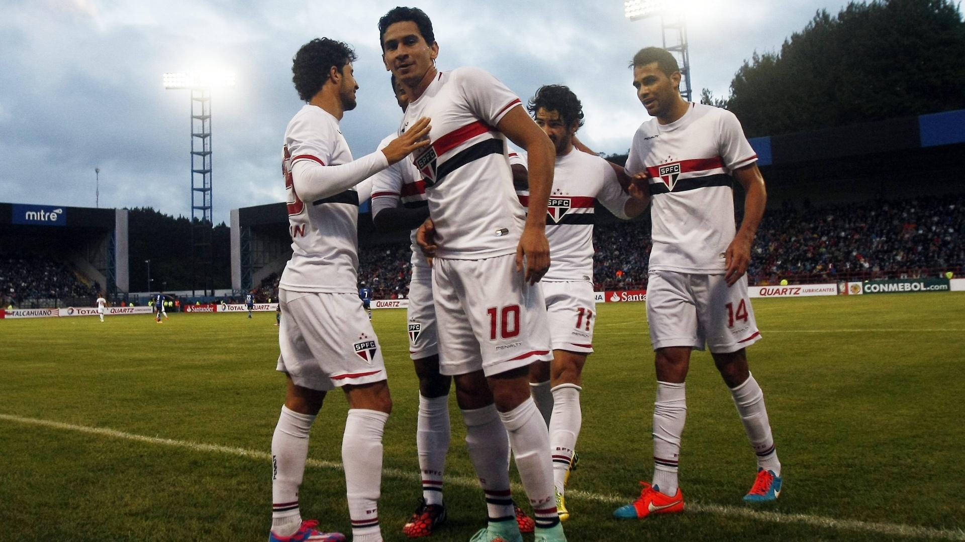 Gol de Ganso deixou placar em 2 a 1 para o São Paulo