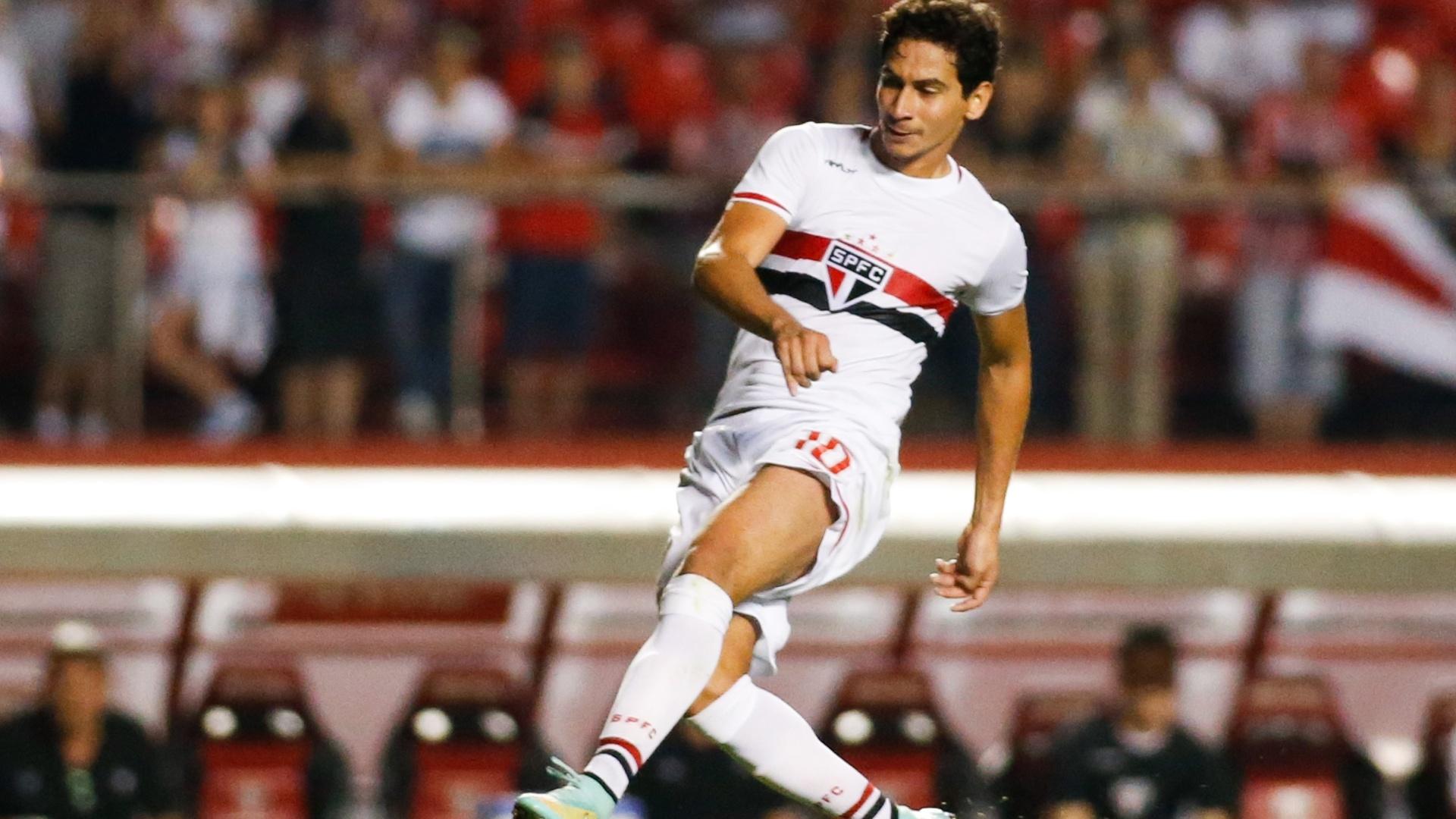 No segundo tempo, Paulo Henrique Ganso marcou o segundo gol do São Paulo