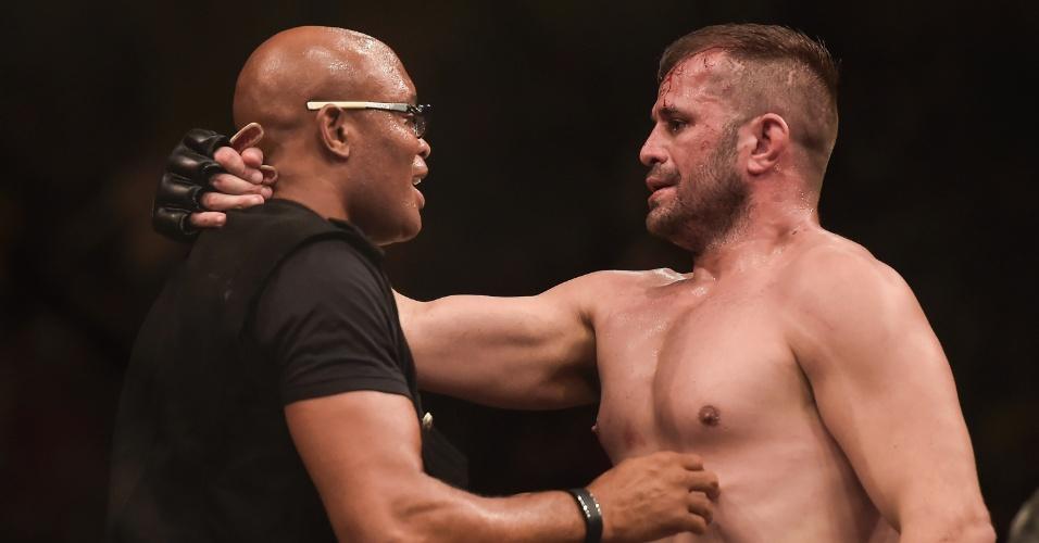 Fabio Maldonado comemorou vitória no UFC Rio com Anderson Silva