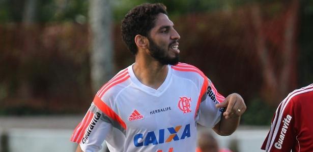 Novo capitão do Flamengo, zagueiro Wallace criou um blog para indicar livros  - Gilvan de Souza/Flamengo/Divulgação