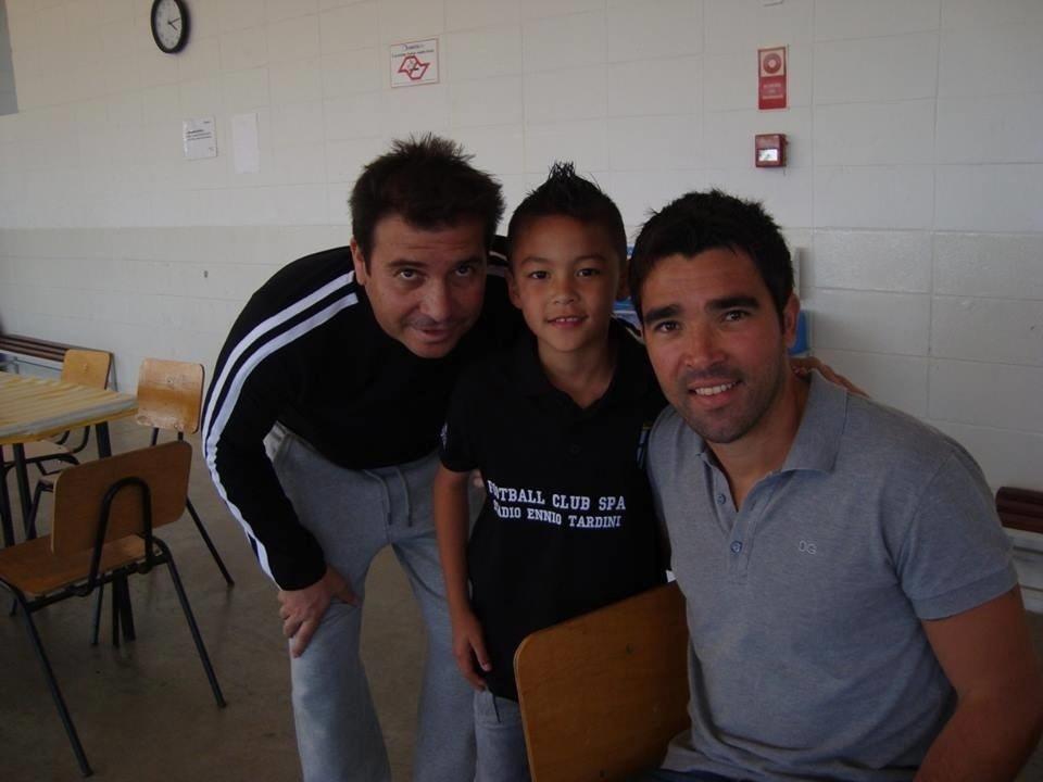 João (centro), com Luizão e Deco, era principal nome do Sub-11 corintiano desde oito anos