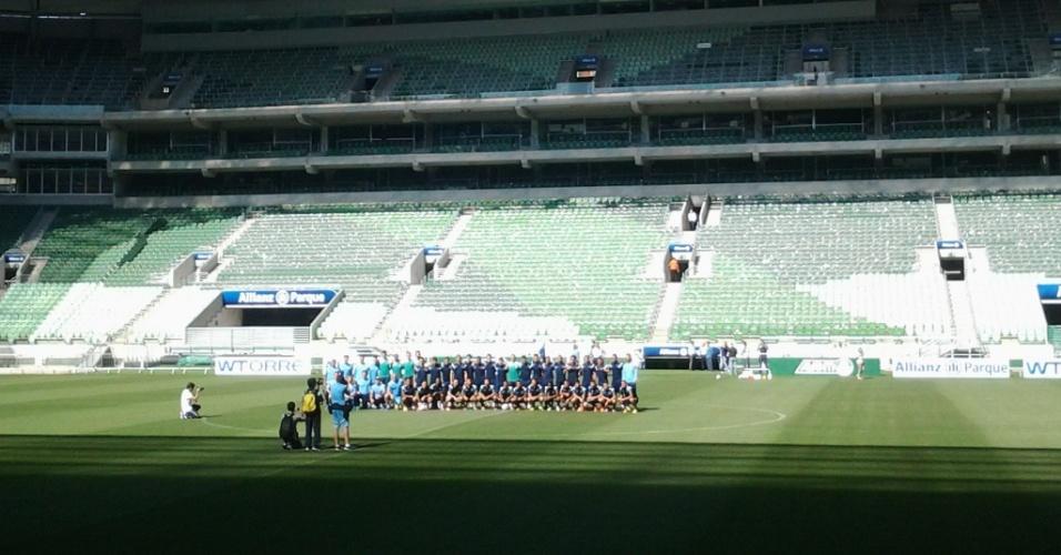 Elenco do Palmeiras posa para foto oficial em primeiro treino na Arena Palestra