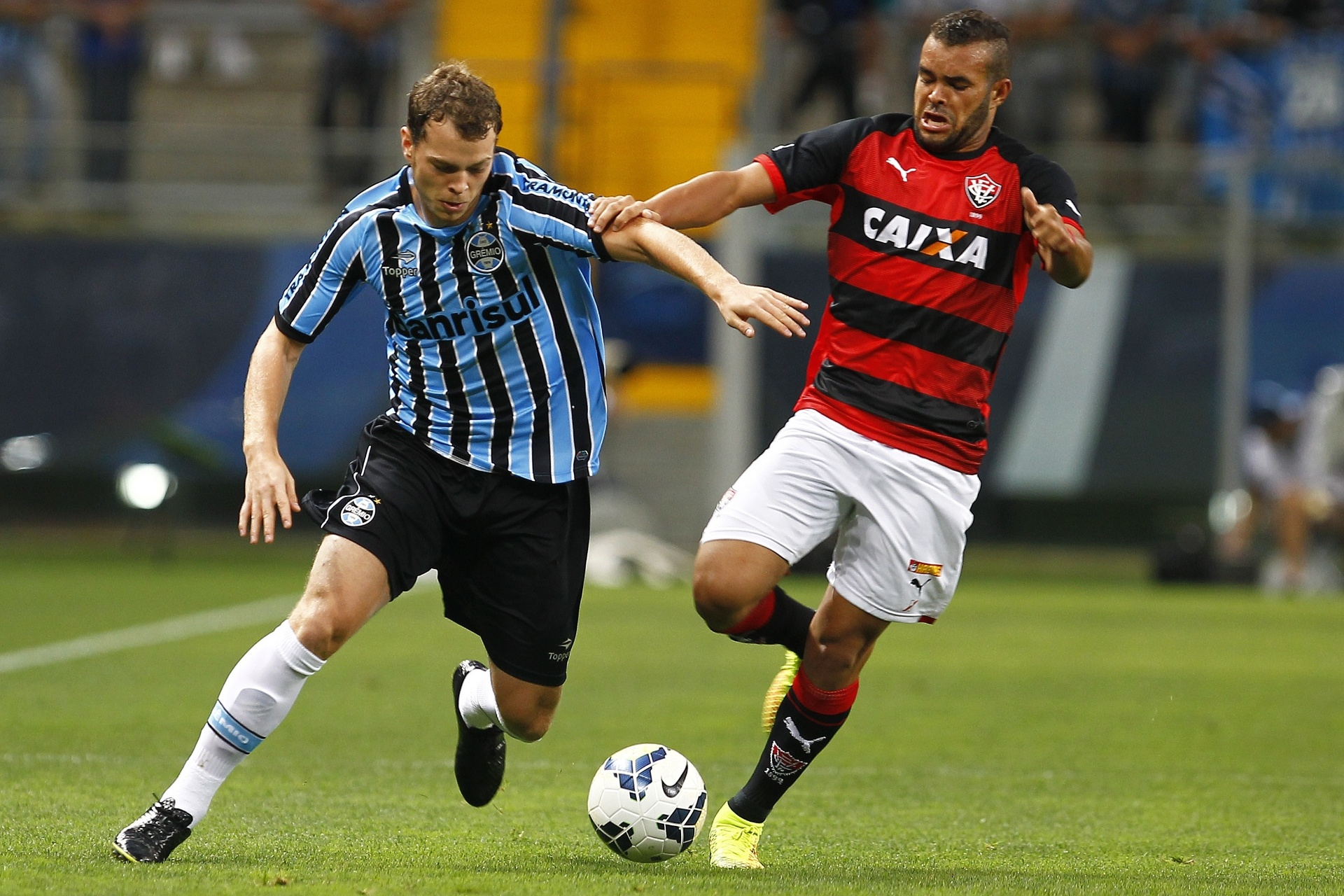 Grêmio recebe proposta e encaminha empréstimo de Lucas Coelho para o Goiás  - 10 03 2015 - UOL Esporte 534750bbc22a2