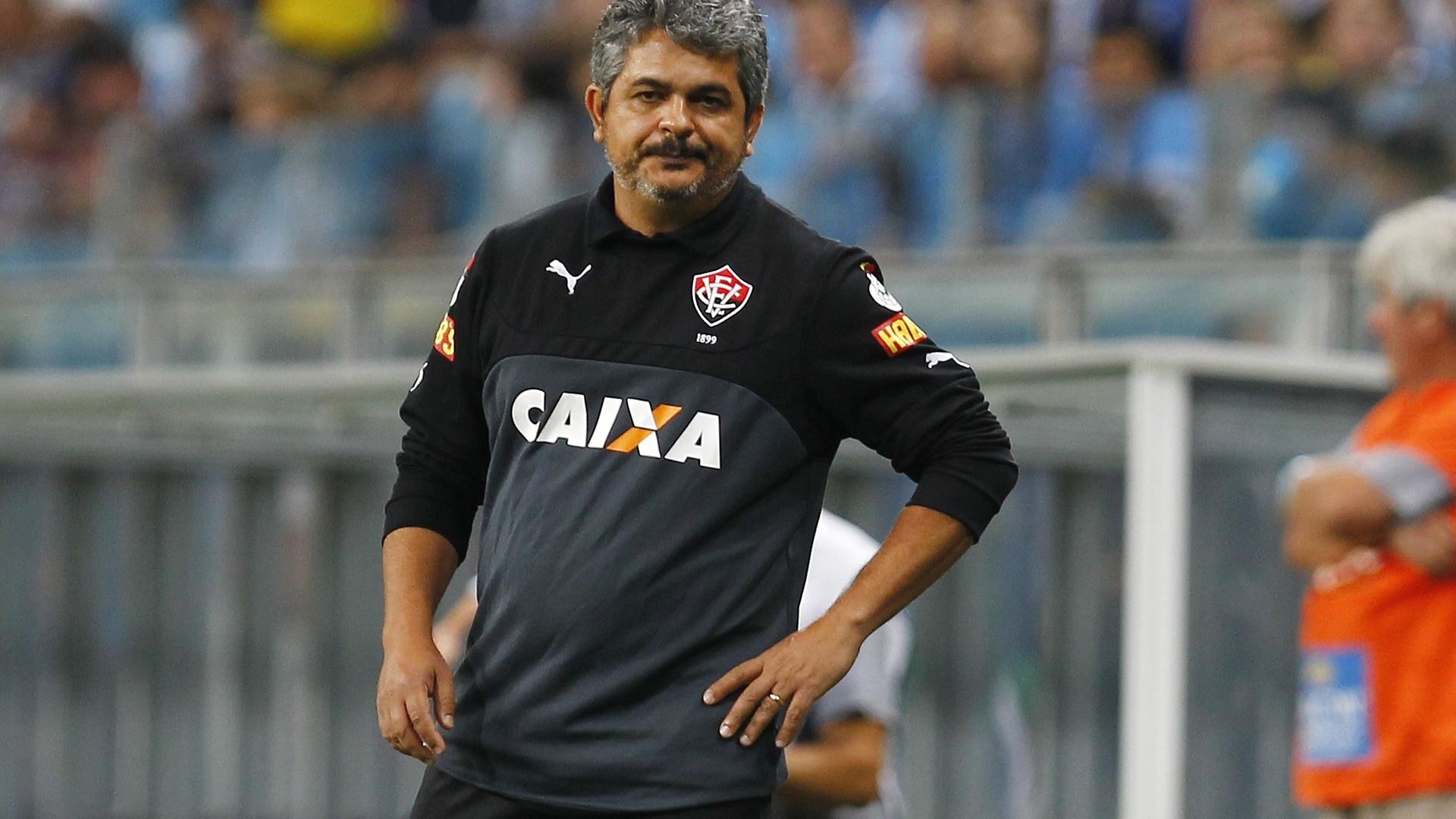 Ney Franco lamenta jogada do Vitória contra o Grêmio pelo Brasileirão